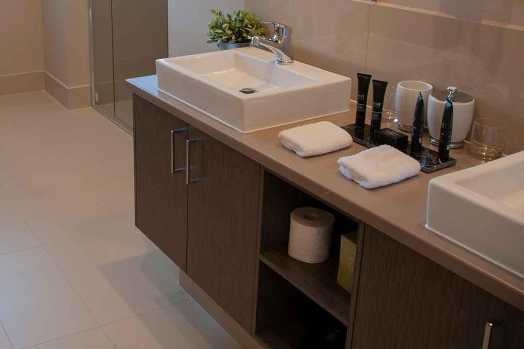 Kerami-bathroom-2