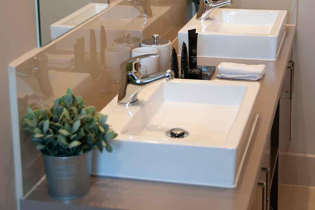 Kerami-bathroom