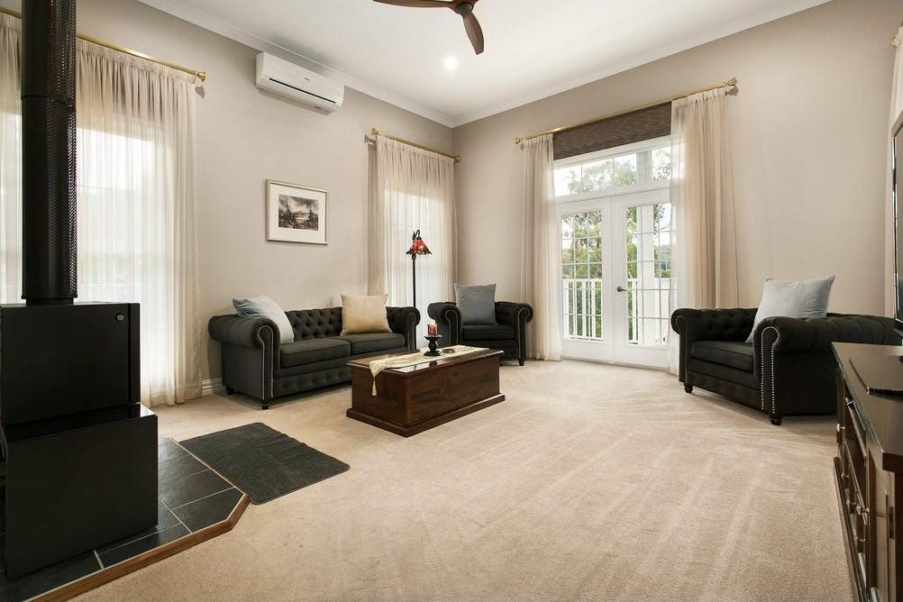 Room5 lounge